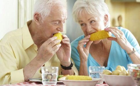 高血压患者日常生活应该注意什么 高血压患者吃什么好 高血压患者怎么吃