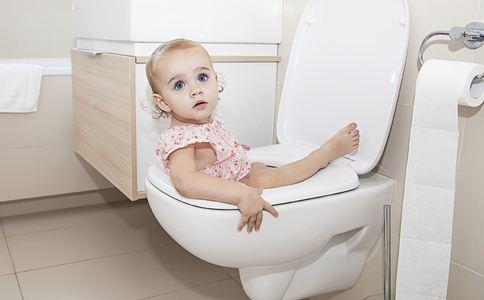 宝宝转奶拉肚子怎么办 宝宝转奶拉肚子护理 宝宝如何正确转奶