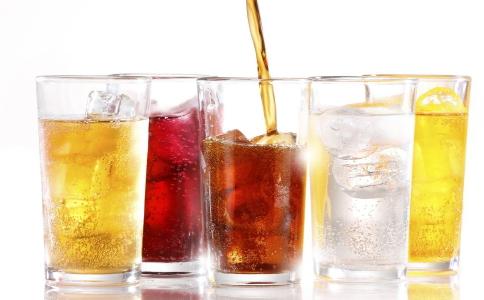 夏季为什么不能多吃冷饮 夏季吃冷饮要注意哪些事项 夏季如何除湿