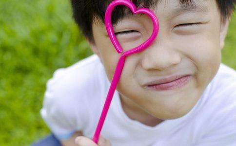 近视眼的原因 近视眼的病因 如何预防近视眼