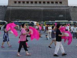 老人跳广场舞注意6个事项