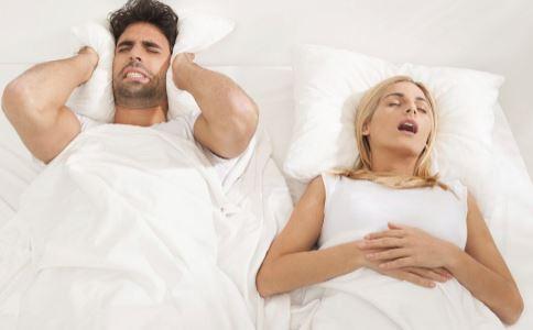 打鼾不分男女 女性打呼噜潜藏三大危害