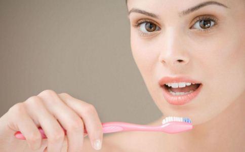 牙齿矫正的方法有哪些 牙齿矫正后如何护理 牙齿矫正要注意什么