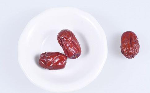 补气血吃什么好 补气血吃哪些食物 气血不足吃什么