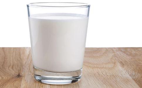 常喝牛奶易患前列腺癌吗 如何预防前列腺癌 前列腺癌有什么预防方法