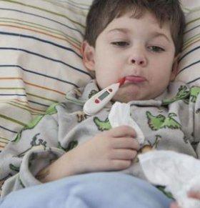 宝宝夏季发烧怎么办 退烧的方法 宝宝发烧怎么护理