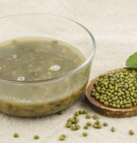 夏季吃绿豆汤的好处 哪些人不宜吃绿豆汤 喝绿豆汤的禁忌
