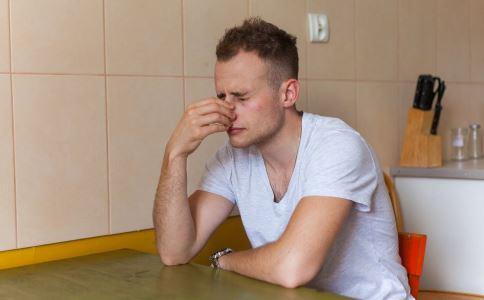 男人肾虚的常见症状 男人肾虚该如何调理 男人肾虚怎么办