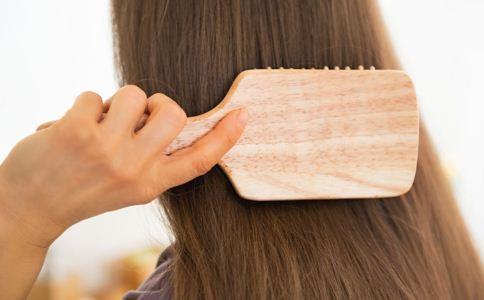 头发保养的方法 如何护理头发 护发的小窍门