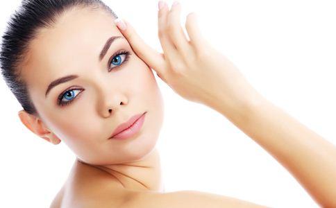 夏季如何改善皮肤干燥问题 夏季护肤小窍门 夏季皮肤干燥怎么办