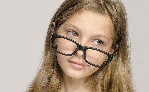 近视防治指南发布 近视防治指南 预防近视的食物