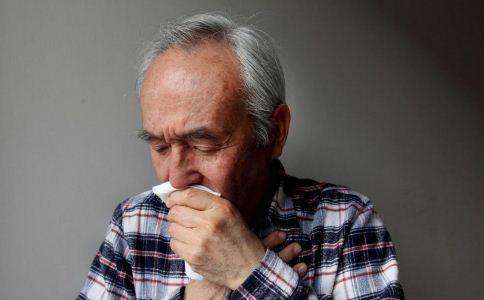 老人患有鼻炎 千万别大意了