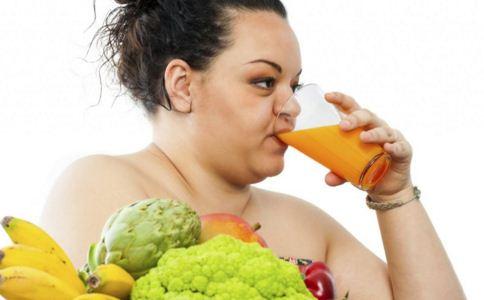 夏天喝什么果汁 夏天喝什么果汁好 夏天什么果汁好