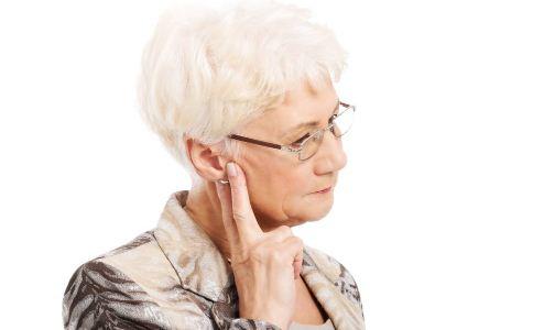 老人焦虑症的症状 老年人患有焦虑症怎么办 老人如何预防焦虑症