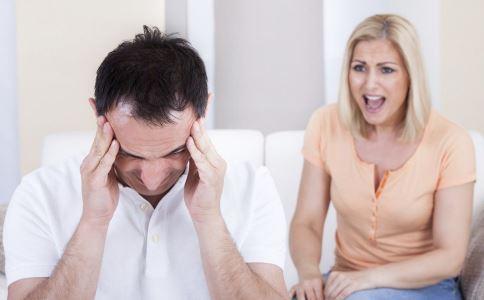 男人最让女人反感的恶习 哪些男人最让女人反感 男人不该有的坏习惯