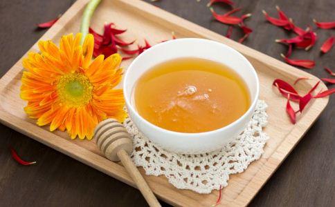 蜂蜜水可以缓解痛经吗 什么方法可以缓解痛经 痛经怎么缓解
