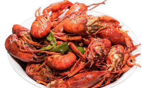 暴食小龙虾引发肾病水肿 小龙虾这么吃 小龙虾怎么吃才健康