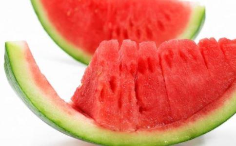 西瓜皮的养生功效 西瓜皮的吃法 西瓜皮怎么吃