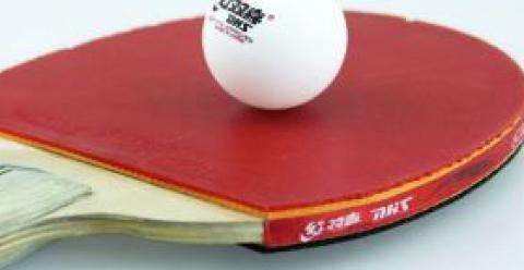男人常打乒乓球可治疗近视