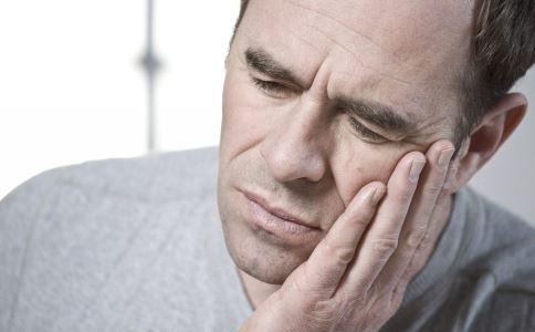 牙痛如何快速缓解 中医快速止牙痛的方法 什么方法能止住牙痛