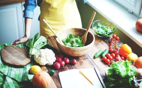 家常排骨炖土豆 四种做法美味诱人