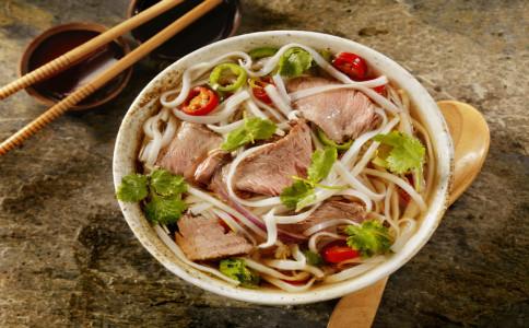 吃什么可以去黑眼圈 哪些食物能有效去除黑眼圈 去除黑眼圈吃什么好
