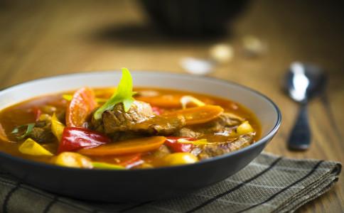 喝酸梅汤会胖吗 喝酸梅汤的好处 喝酸梅汤的注意事项