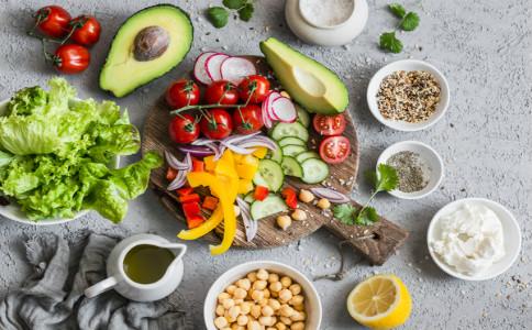 乌发食疗方 乌发吃什么食物 乌发的食谱
