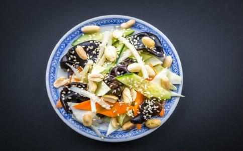 酸梅汤功效有哪些 酸梅汤食用注意事项 怎么自制酸梅汤