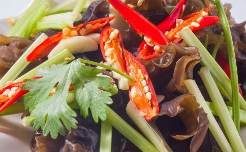 夏季防嗮吃什么 吃什么食物防晒 防晒食物有哪些