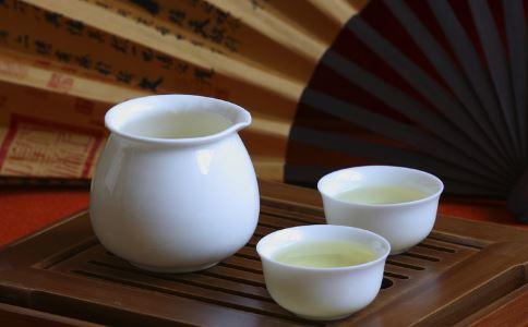酸梅汤口感如何 酸梅汤怎么做 喝酸梅汤注意什么