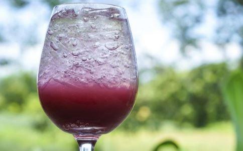 减肥果汁怎么做 减肥果汁如何做 如何自制减肥果汁