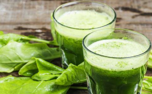 喝芹菜汁能降血压吗 芹菜汁怎么做 芹菜汁的功效作用
