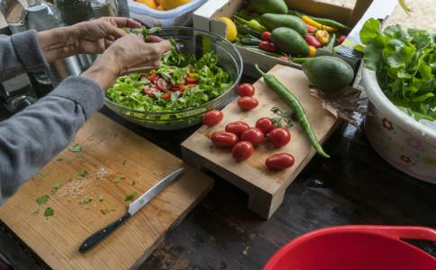 家庭酸梅汤的做法 家常酸梅汤怎么做 在家怎么做酸梅汤