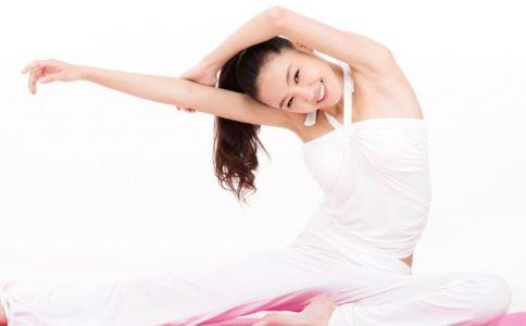 隆胸错过高考 隆胸的副作用 青春期胸部发育方法