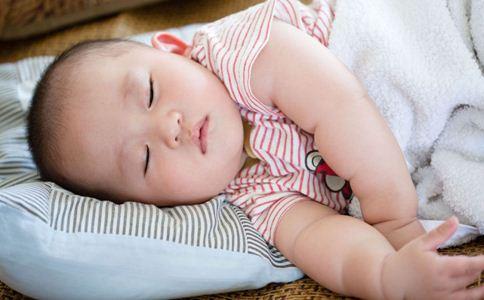 宝宝睡不好怎么办 宝宝睡不好的原因 宝宝睡不好是缺钙吗