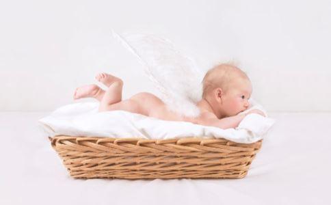 宝宝打呼噜怎么办 宝宝打呼噜的原因是什么 宝宝为什么会打呼噜