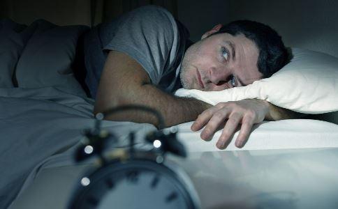 熬夜有什么危害 怎么降低熬夜危害 熬夜危害有哪些