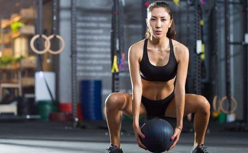 女孩练成金刚芭比 女人健身的好处 女人健身有哪些好处