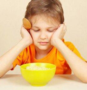 夏季宝宝不爱吃饭怎么办 宝宝不爱吃饭的原因 宝宝吃什么零食好