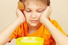 夏季宝宝不爱吃饭 这四款零食可以吃
