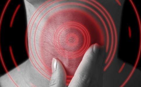 看电视发现患肿瘤 甲状腺自检方法 甲状腺癌的早期症状