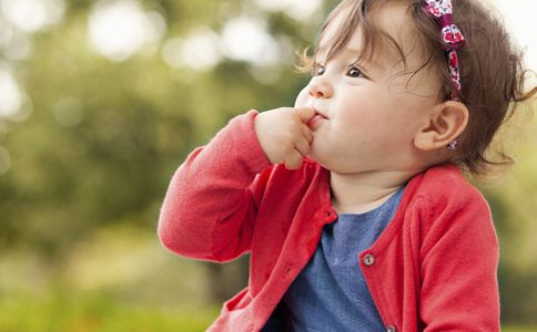 宝宝夏季中暑怎么办 夏季宝宝中暑的急救方法 夏季宝宝中暑的症状