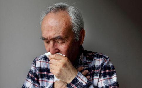 如何预防热伤风 预防热伤风吃什么 热伤风的症状是什么