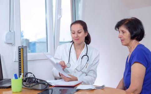 女性焦虑骨折风险高 更年期焦虑症怎么缓解