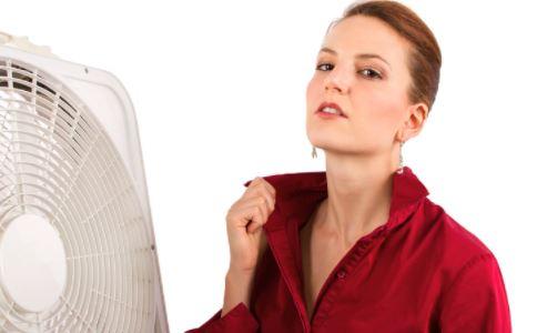 孕妇出汗多怎么回事 孕妇出汗多怎么办 引起孕妇出汗多的原因是什么