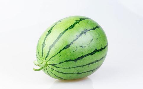 吃西瓜好吗 吃西瓜有什么好处 如何挑选西瓜