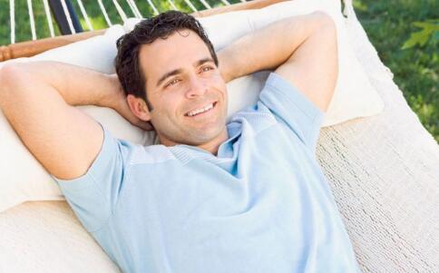 男人生理期的表现 男人如何度过生理期 男人有生理期吗