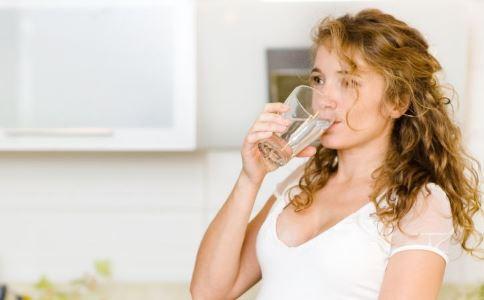 为什么喝水也会胖 喝水会胖是什么原因 怎么减肥好