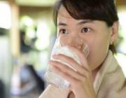 喝水也会胖 听专家解释